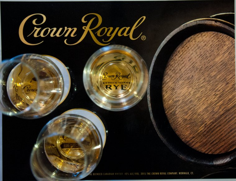 Tastemakers sampled three varietals during the evening: Crown Royal Deluxe, Northern Harvest Rye and Hand Selected Barrel.